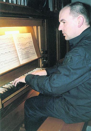 Marek Pilch glänzte beim Benefizkonzert in Lühnde. Foto: Wiechens
